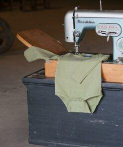 Silky Label verantwoord naaimachine Romper Lange Mouw Pesto Green